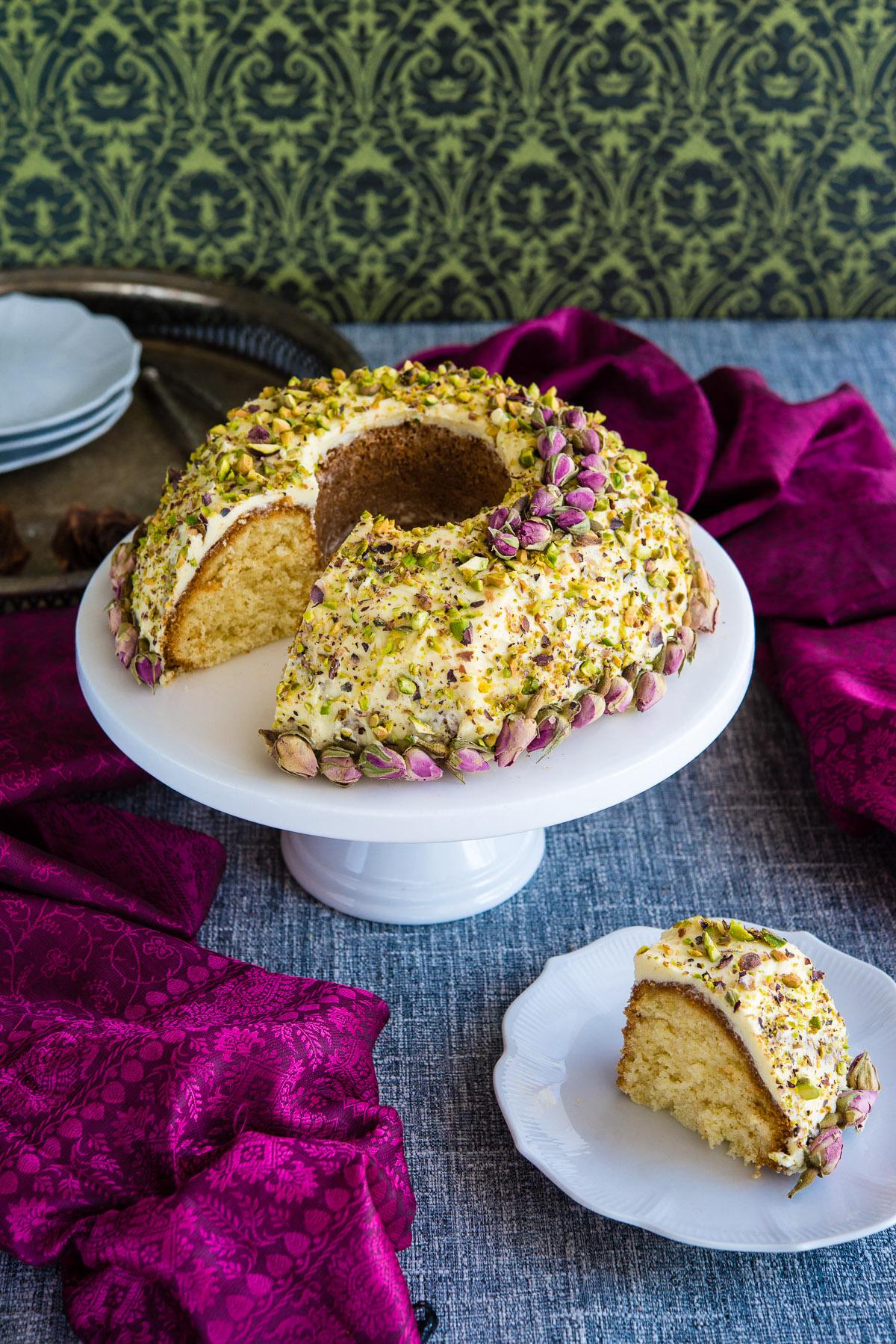 Pistachio-cardamom-caramel cake recipe